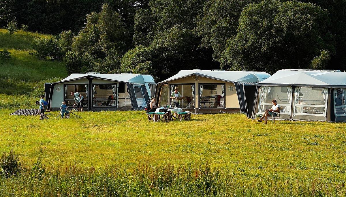 Vorzelt Camping Schweiz Campingplatz