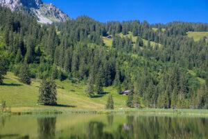 Tour durchs Berner Oberland Lauenensee