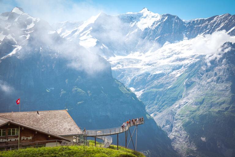 Grindelwald First Cliff Walk Steg Berggasthaus First